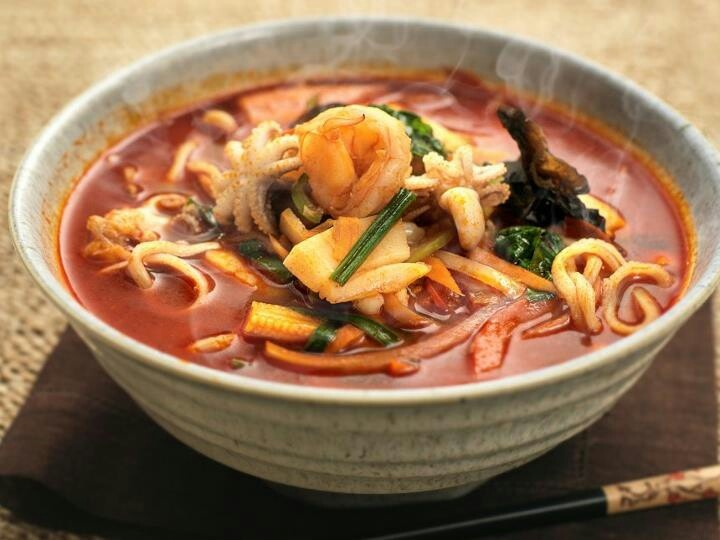 Zupa z owoców morza (źródło: pinterest)