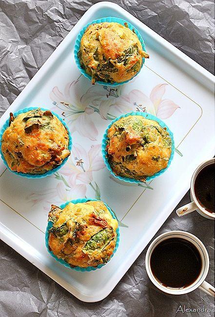 Muffiny ze szpinakiem (źródło: pinterest)