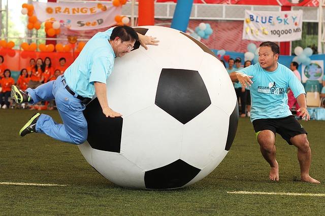 sport  gra z wielką piłką nożną