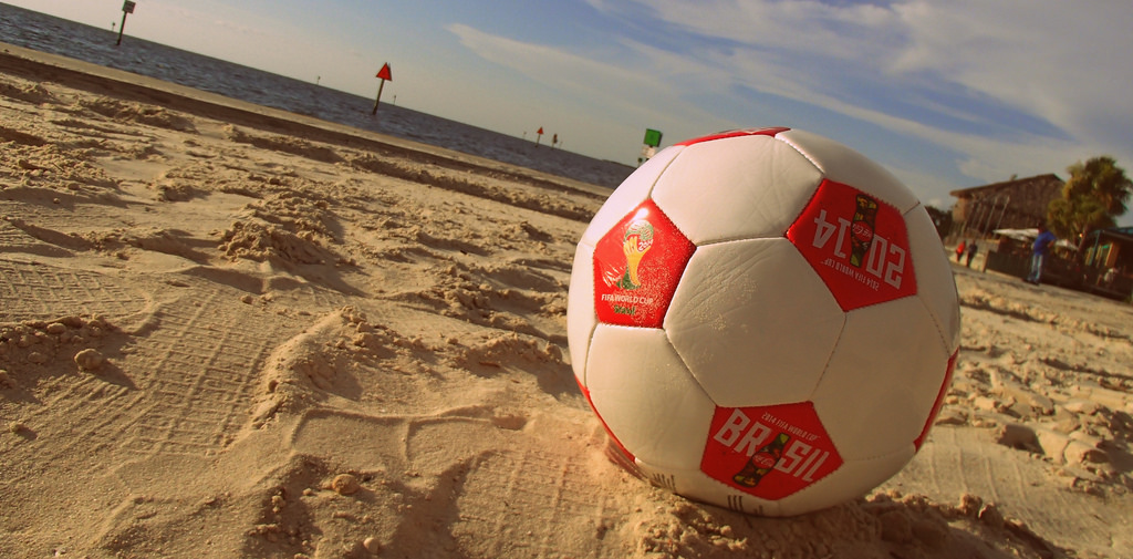 plaża piłka do nogi